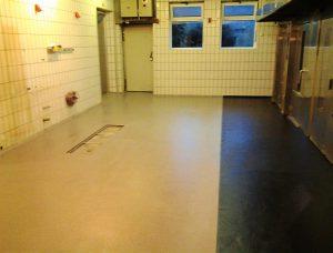 """Bodenfläche einer Bäckerei nach der Bodenbeschichtung mit dem Bodensystem der """"S"""" Gebäudeinstandhaltung UG"""
